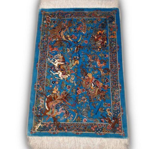 تولیدی لاجوردی - طرح شکارگاه: شکار گاه جزو نقشهای حیوانی است که استفاده زیادی در ایران دارد و نشان دهندهی فرهنگ کشور عزیزمان است. به صورت کلی این نقشهای شامل حیوانات مختلفی هستند و به صورت خیلی ظریف کوجک و پرجزعیات طراحی میشوند.